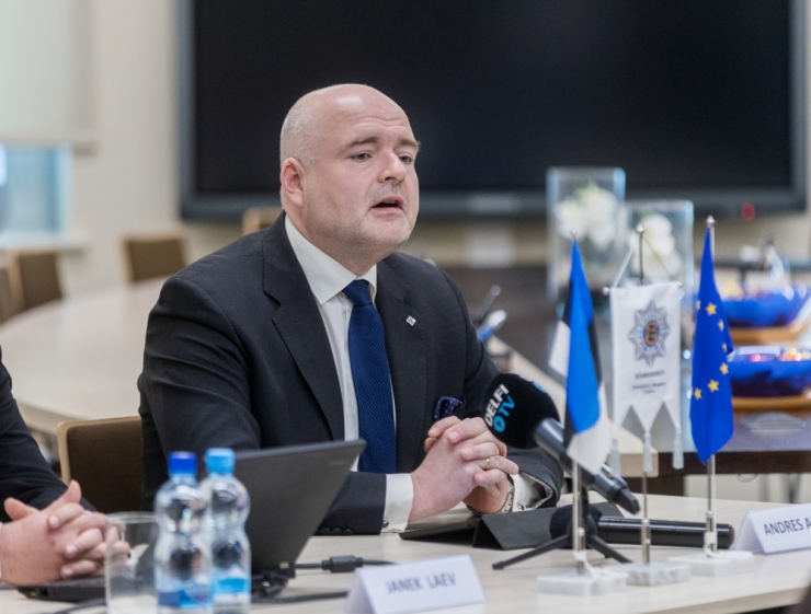 Ministeerium: siseminister Andres Anvelt on sünnijärgne Eesti kodanik