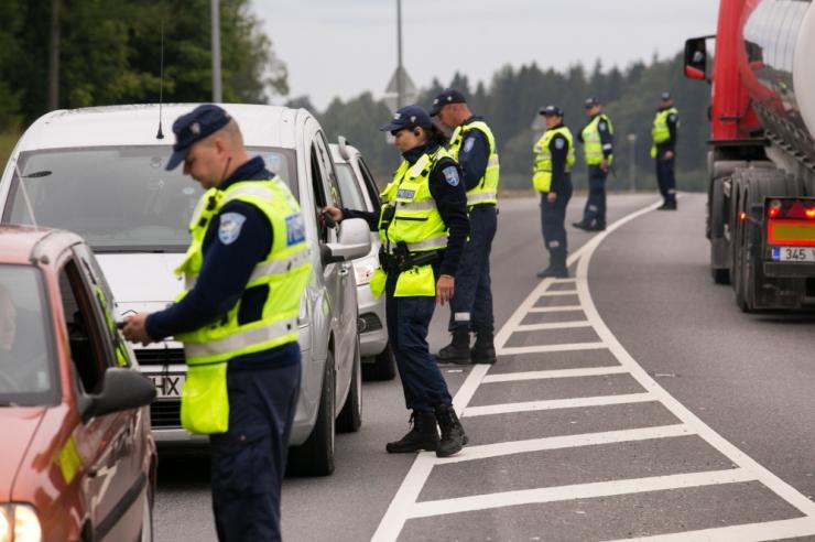Politsei tabas ööpäevaga 53 joobes sõidukijuhti