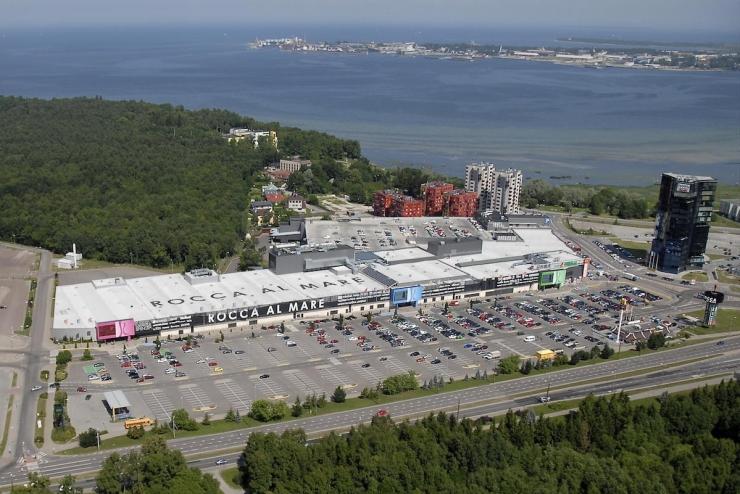 Vähem kui 10 protsenti kaubanduskeskuste parkimiskohtadest vastab nõuetele