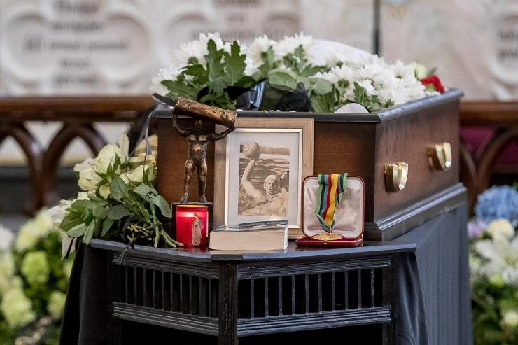 Tallinn eraldab olümpiavõitja Mait Riismani matusekuludeks 2000 eurot