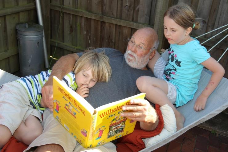 """Tallinna Keskraamatukogu kutsub lapsi osalema suvises lugemisprogrammis """"Suvi raamatuga"""""""