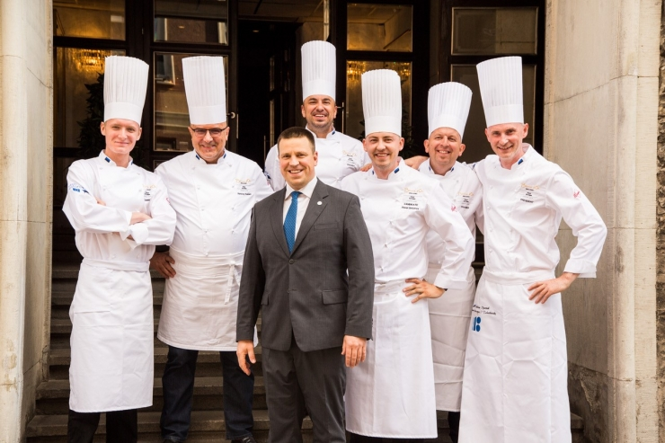 Peaminister saatis Eesti kokad teele kokandusolümpiale Itaaliasse