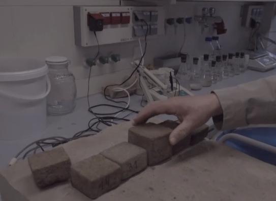 VIDEO! EESTI TEADLASTE LEIUTIS: 150-ruutmeetrise maja saab ehitada kõigest 5000 euroga