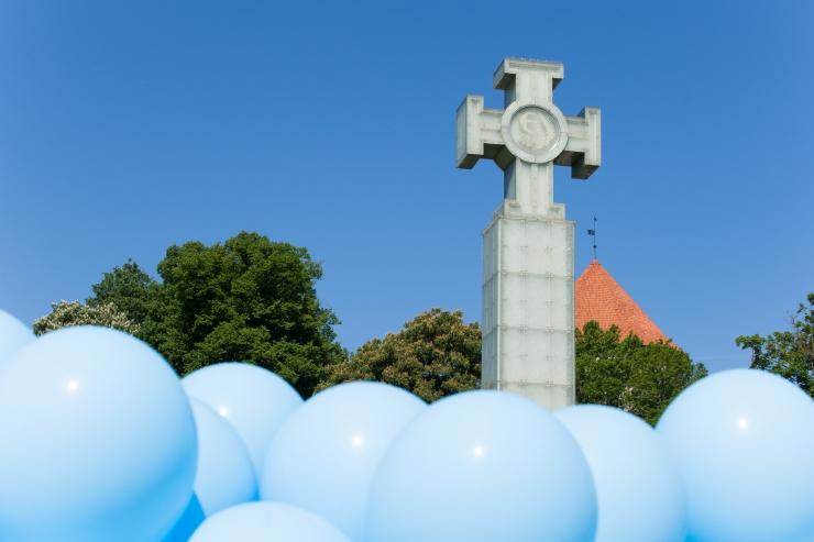 Üle Eesti mälestatakse juuniküüditamise ohvreid