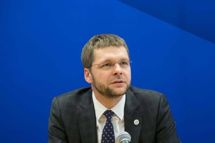 Ossinovski: noorte tuleviku fond siluks ebavõrdust ja õpetaks säästma