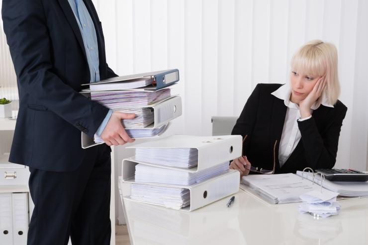 Uuring: assistentide ja sekretäride ametikohtade arv väheneb 15% aastaks 2025
