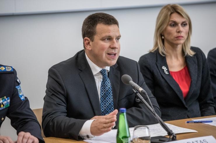 Valitsus otsustas lõpetada tselluloositehase eriplaneeringu