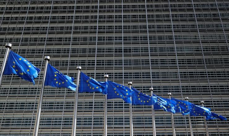 EK analüüsib asüülitaotlejate abistamist keelavaid Ungari seadusi