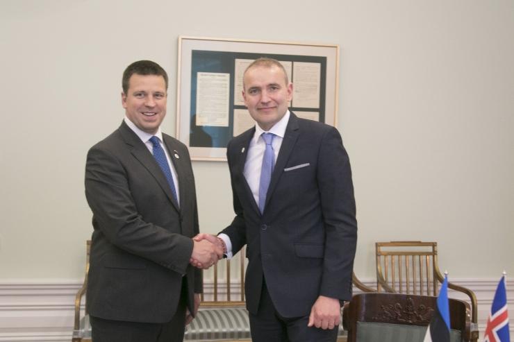 FOTOD! Peaminister Jüri Ratas kohtus Islandi presidendi Guðni Thorlacius Jóhannessoniga.