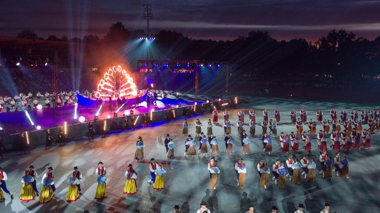 FOTOD JA VIDEO: Gaudeamus ühendas 1400 Baltimaade tantsijat