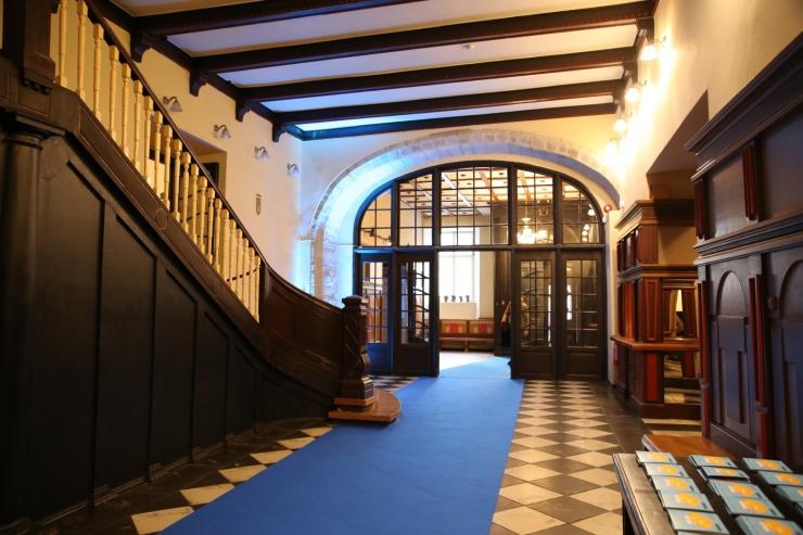 Monmouthi koor annab Mustpeade Majas tasuta kontserti