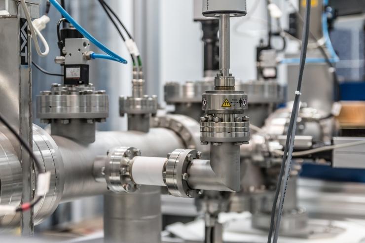 UURING: Eesti ettevõtted investeerivad enam seadmetesse, mitte inimestesse