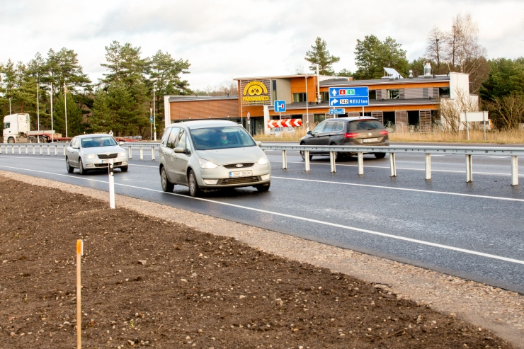 Laupäeval on Narva mnt ja Pärnamäe tee ristmik suletud
