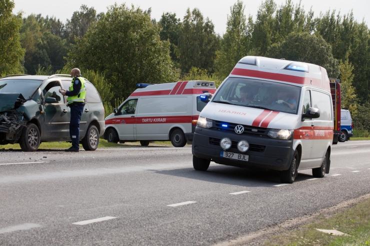 Sünnitusosakonna sulgemise tagajärg: naine tõi lapse ilmale maantee ääres