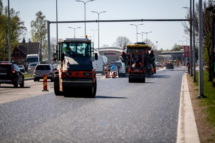 Homme asfalteeritakse Narva maantee ja Pärnamäe tee ristmikku