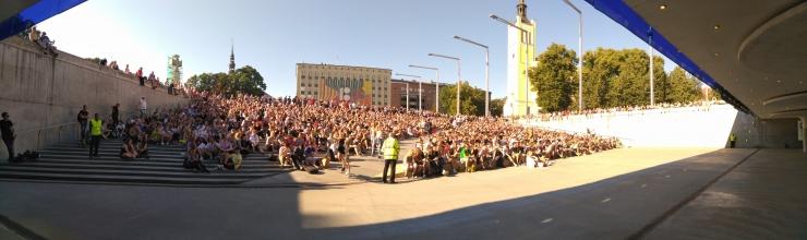 Ligi viis tuhat inimest vaatas Vabaduse väljakul jalgpalli.