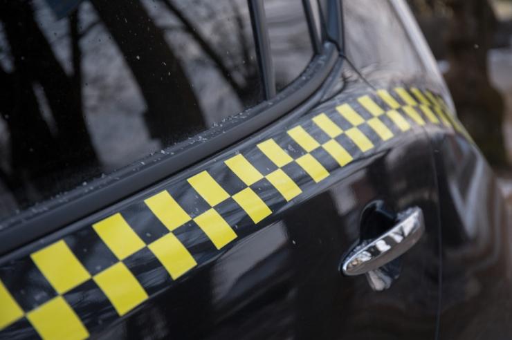 Poole aastaga on teenindajakaardi saanud 1747 taksojuhti