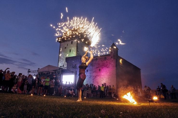GALERII! Baltic Sun festivali avapäeval särasid kohalikud staarid