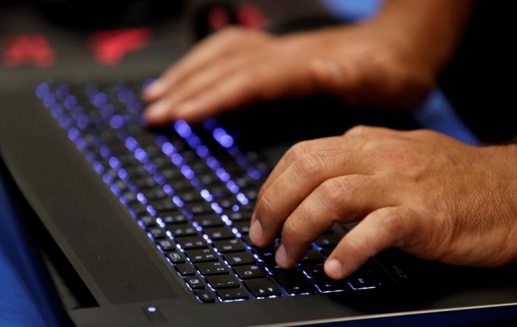 Eestis ja veel kaheksas riigis vahistati haaranguga 15 netipetturit