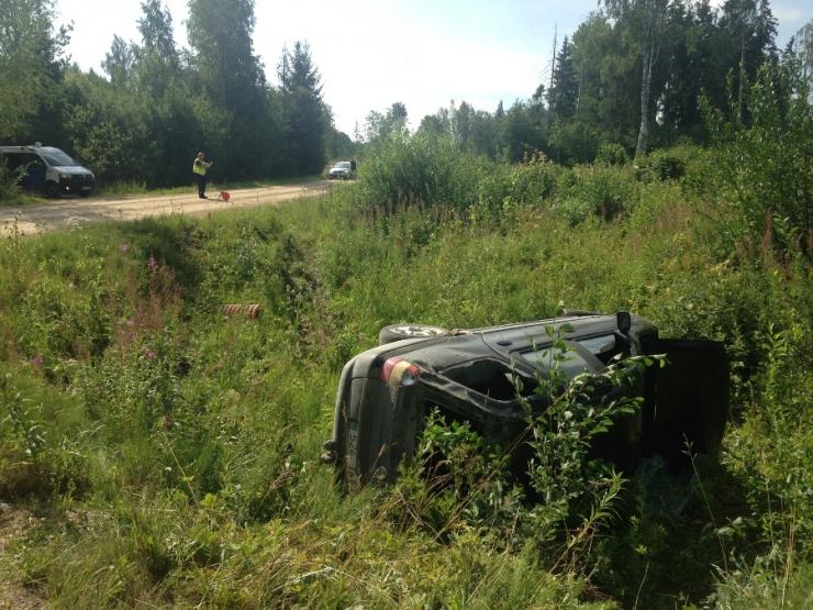 Tartumaal hukkus teelt välja sõitnud autojuht