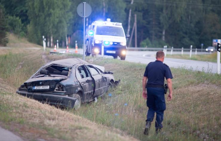 Üheksas raskes liiklusõnnetuses said vigastada üheksa inimest