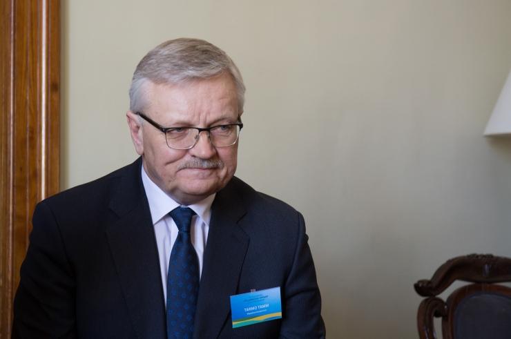 Maaeluminister palub pankadelt mõistmist