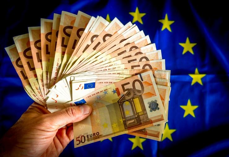 Euroala inflatsioon kiirenes 2,1 protsendini
