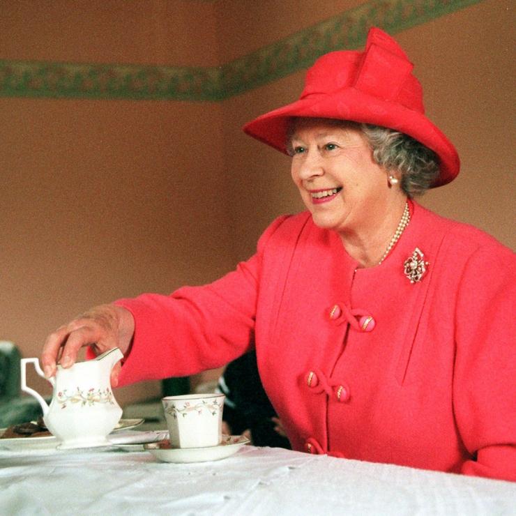 Uuring: brittide enamus valab piima tee sisse