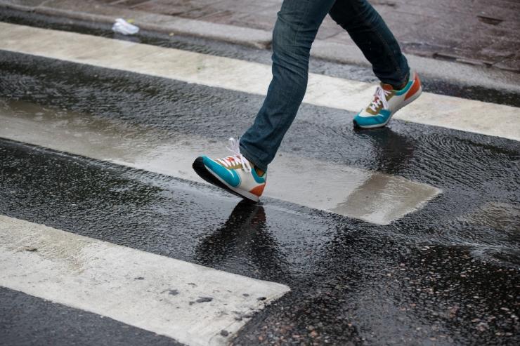 Jalakäijad panevad end ohtu pärast tööd