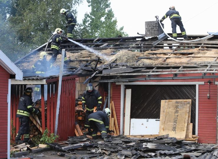 Seitsme kuuga hukkus tulekahjudes 21, veeõnnetustes aga 29 inimest