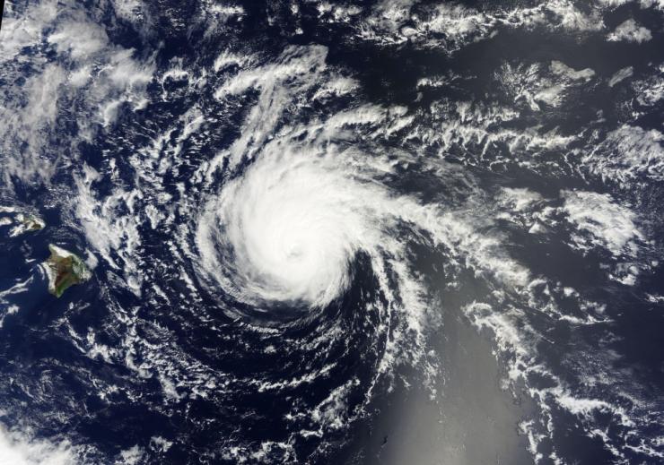 Vaikses ookeanis moodustus uus troopiline torm, Hector tugevnes