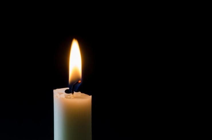 Narvas suri terviserikke tagajärjel teelt välja sõitnud auto juht