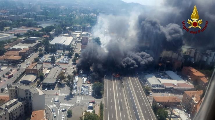 Bologna lennujaama juures toimus võimas plahvatus