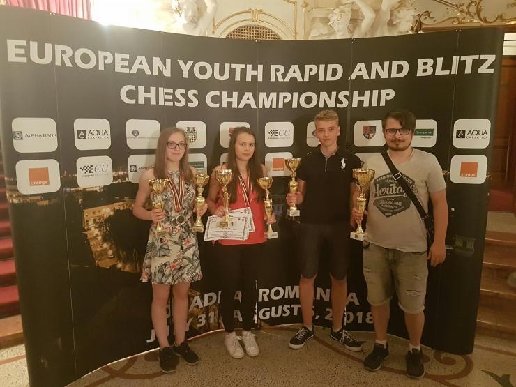 Eesti noormaletajate edu jätkus välkmale EM-il