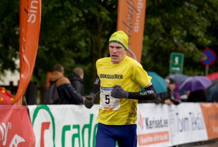 Kaur Kivistik püstitas 3000 meetri takistusjooksus uue Eesti rekordi