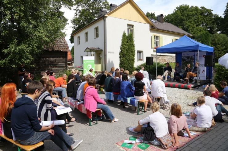 Inimesed saavad Arvamusfestivalil kaasa rääkida riigi arengu teemadel
