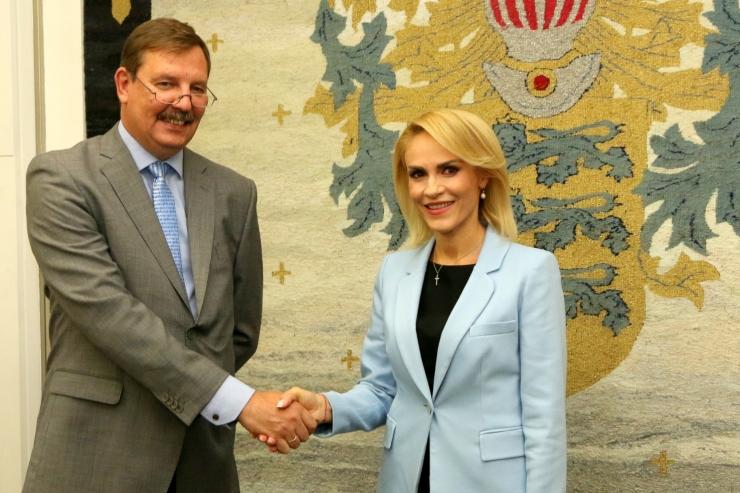 FOTOD! Tallinna külastanud Bukaresti linnapea huvitus tasuta ühistranspordist