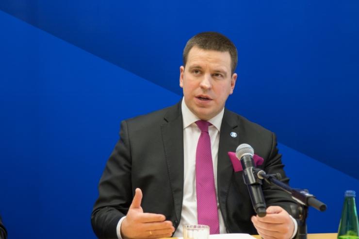 Ratas: kahtlustuse saanud volikogu liikmed ei saa oma kohtadel jätkata