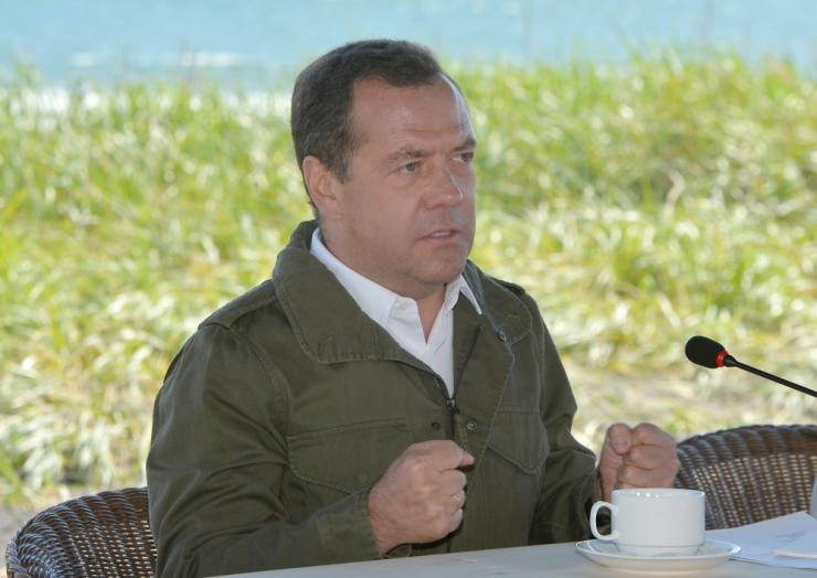Medvedev: USA uusi sanktsioone peetakse majandussõja alustamiseks