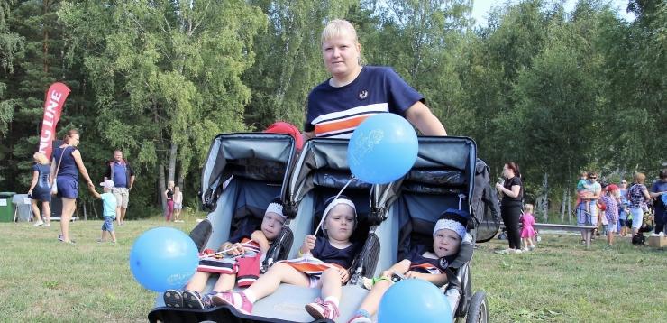 KOLMIKUTE EMA: Eesti naine on tugev ja saab ka kolmikute kasvatamisega hakkama