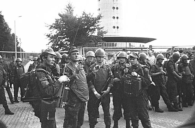 Vene ohvitserid andsid riigipöörajate takistamiseks Eesti valitsusele infot