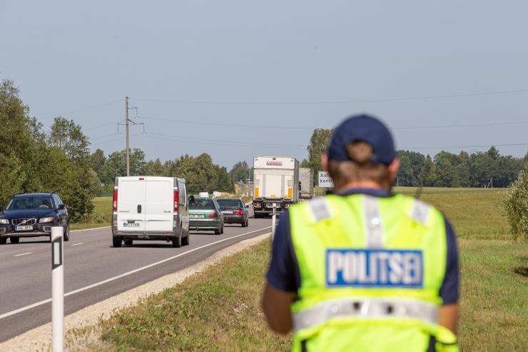 Raplamaal hukkus liiklusõnnetuses inimene