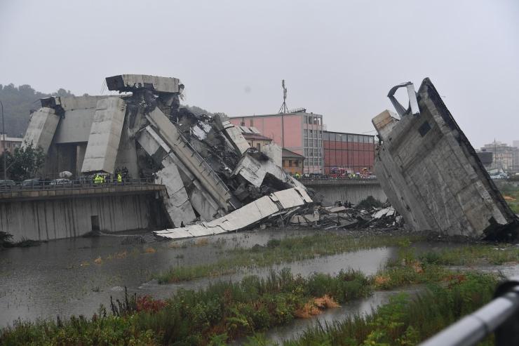 Genovas varises osaliselt kokku maanteesild