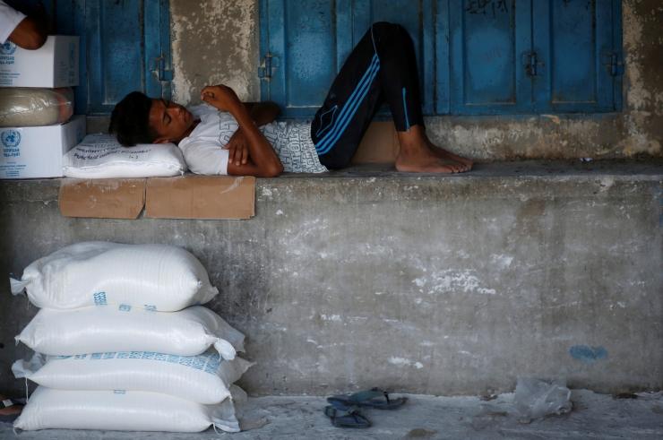 Hispaania võtab vastu 60 Aquariusel olevat paadipõgenikku