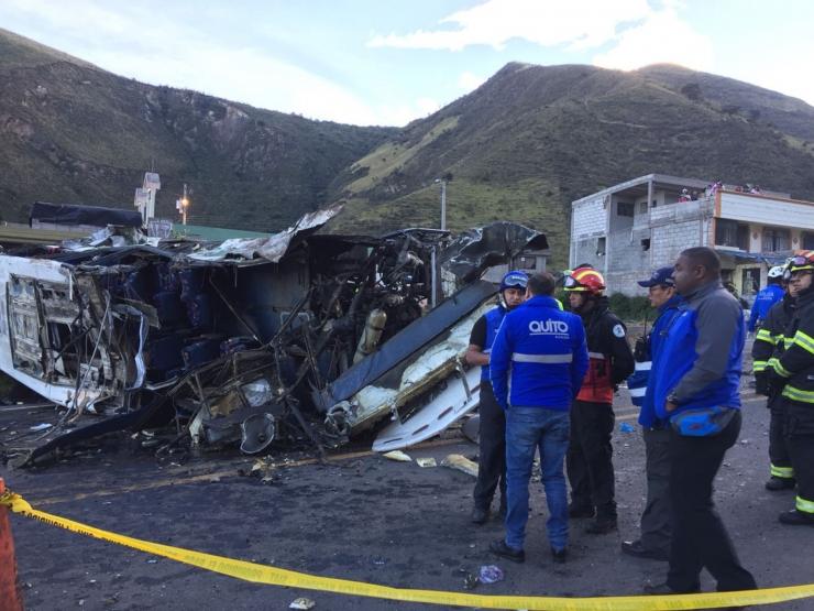Ecuadoris hukkus bussiõnnetuses 23 inimest
