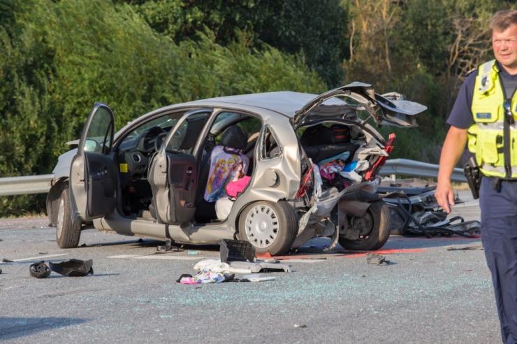Põlvamaal sai autode kokkupõrkes vigastada kolm inimest