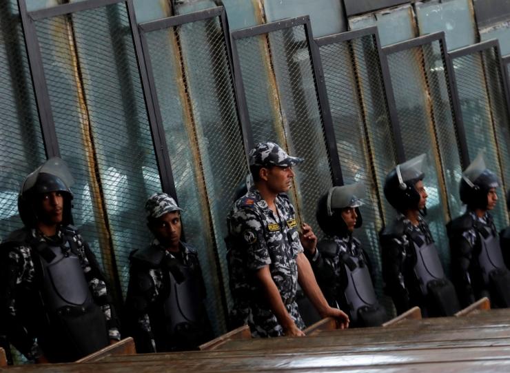 Egiptuses esitati 6 politseinikule süüdistus vangi surnuks piinamises