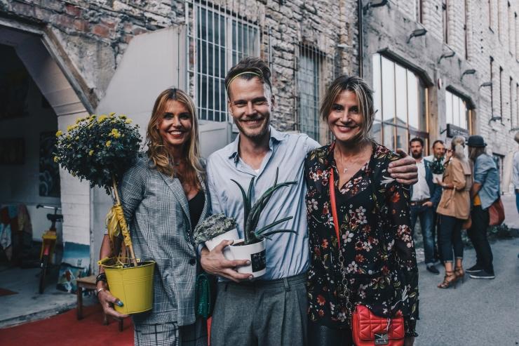 FOTO! Martin Saar avas Fahle Pargis Eesti suurima kunstistuudio