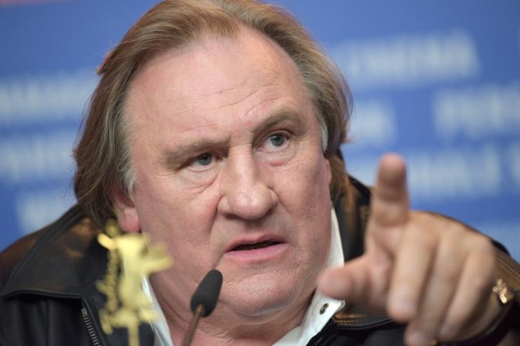 Prantsuse filmitähte Depardieud süüdistatakse vägistamises