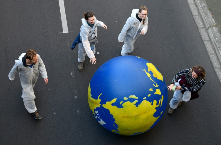 Eksperdid: Pariisi kliimaleppe päästmise aeg on otsa saamas